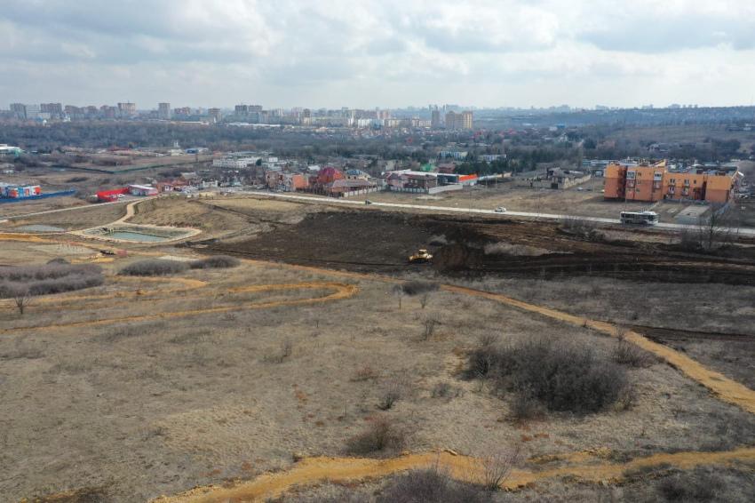Начало строительства нового парка в ЖК Суворовский. Фото 1.